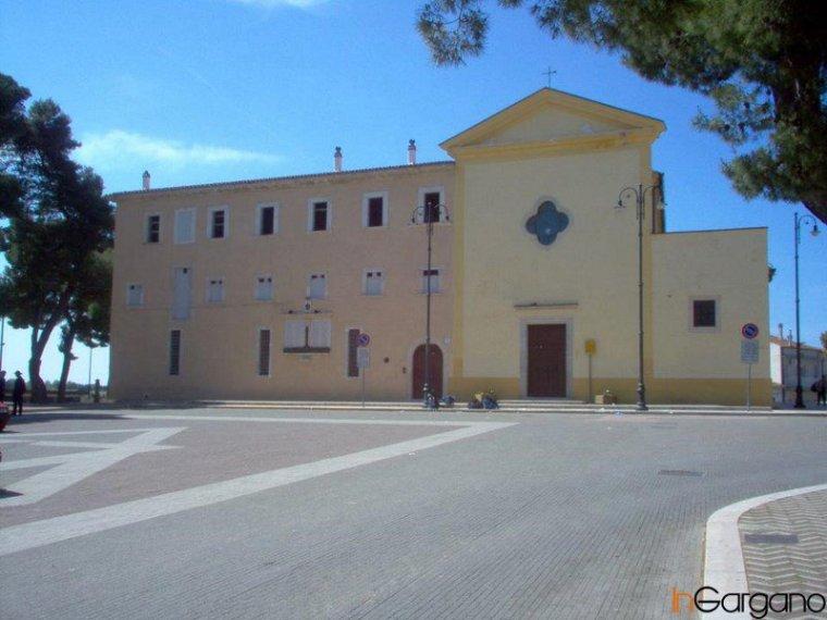 Chiesa S. Antonio e Piazza